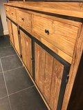 Teak houten buffet kast industrieel._