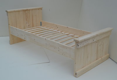 Steigerhouten Bed 1-Persoons