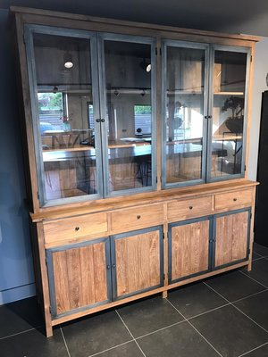 Teak houten buffet kast industrieel.