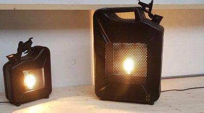 Stalen jerrycan met lamp klein model